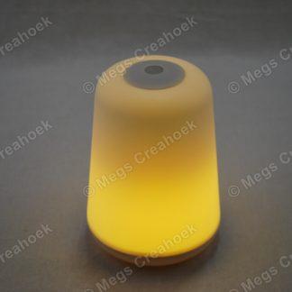 LED-lampje aan