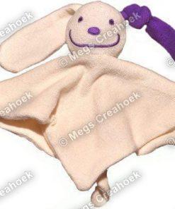Tutpoppetje paars gekleurd oor